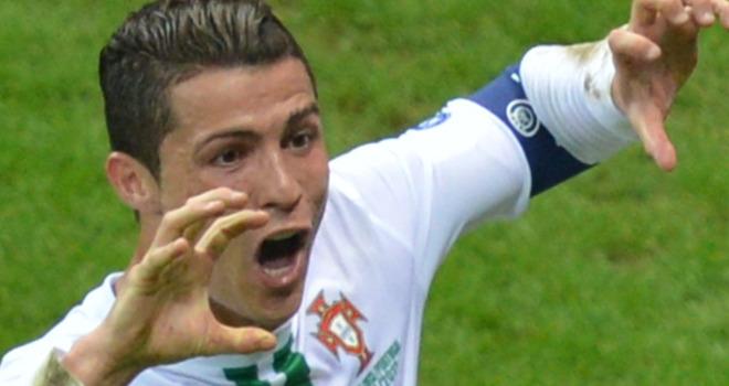 Czech-Republic-v-Portugal-Cristiano-Ronaldo-c_2784099