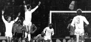 L'esultanza al gol di Franz Roth.
