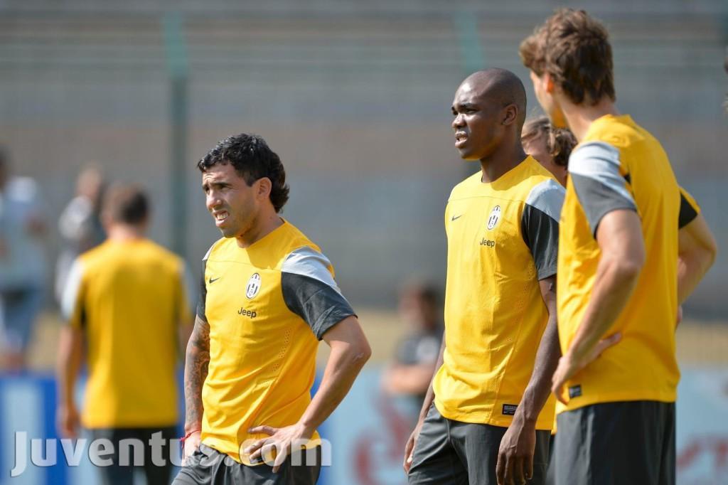 Juventus-Chatillon-2013-tevez-ogbonna-llorente-1024x682
