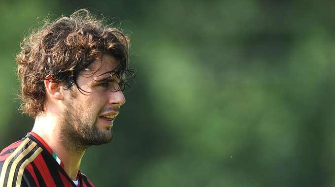 Andrea Poli, prima stagione in rossonero per l'ex giocatore di Inter e Samp.