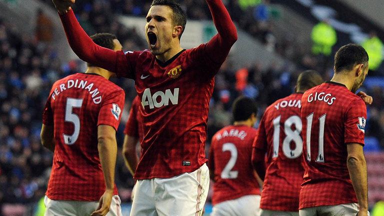 Wigan-v-Manchester-United-Robin-van-Persie_2880597