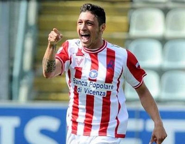 Mattia Mustacchio, in gol ieri in Vicenza-Sudtirol, incontro terminato 3-1 per i biancorossi.