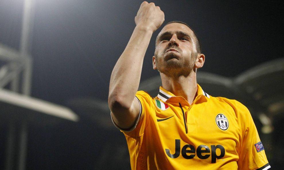 L'esultanza di Leonardo Bonucci (26) dopo il gol al Lione.