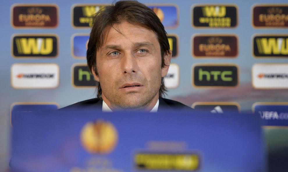 Antonio Conte in conferenza stampa.