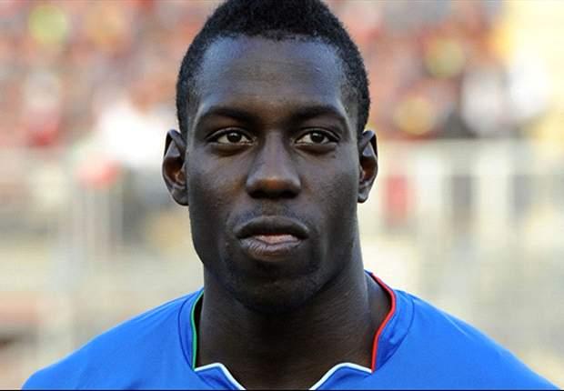 Stefano Okaka con la maglia dell'Italia under 21.