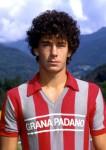 Gianluca Vialli molti anni (e capelli..) fa con la maglia della Cremonese.
