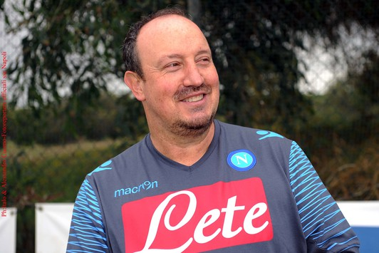 Benitez il napoli pu competere per lo scudetto for Intervista benitez
