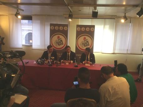 Foto Calcio: conferenza stampa Paparesta