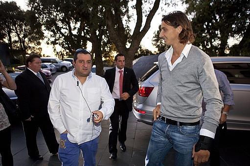 """Raiola difende Ibra: """"Diffuse falsità. Zlatan non prende nemmeno l'aspirina"""""""