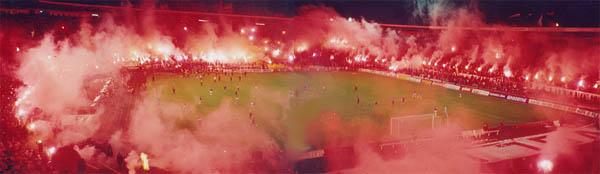 L'incandescente stadio della Stella Rossa di Belgrado