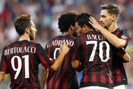 AC Milan's Carlos Bacca (II from R) jubilates with his teammate after scoring the goal against Inter during the triangular soccer match for the 2015 Trofeo Tim (Tim Trophy) between US Sassuolo, Inter FC and AC Milan at Mapei Stadium in Reggio Emilia, Italy, 12 August 2015. ANSA/ELISABETTA BARACCHI