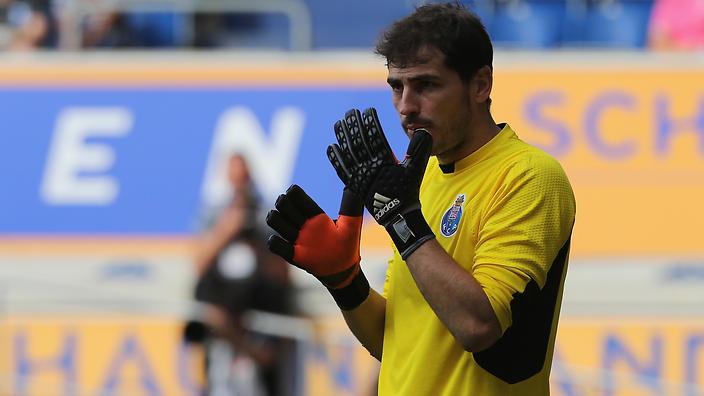 Iker Casillas sul tetto d'Europa: superato Maldini, ora tocca a Reina e Buffon