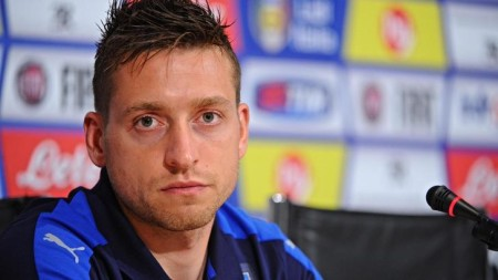Italy's midfielder Emanuele Giaccherini during Italy's press conference at Coverciano Sports Center in Florence, 11 November 2015. Italy will play two friendly match against Belgium on 13 November in Bruxelles and against Romania on 17 November in Bologna. ANSA/MAURIZIO DEGL'INNOCENTI