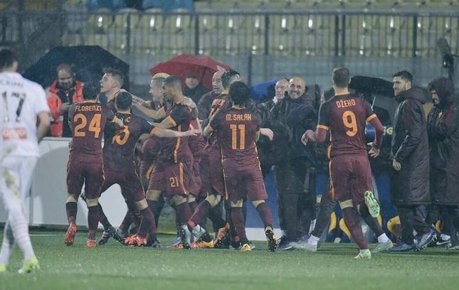 Carpi-Roma 1-3: Dzeko-Salah, emiliani ko nel finale
