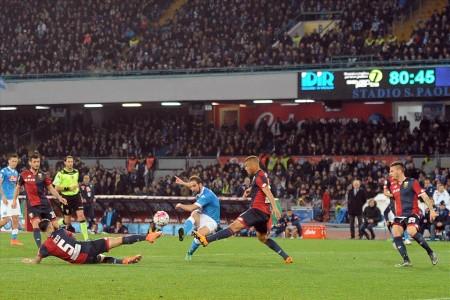 Il gol di Higuain in Napoli-Genoa fonte: sscnapoli.it