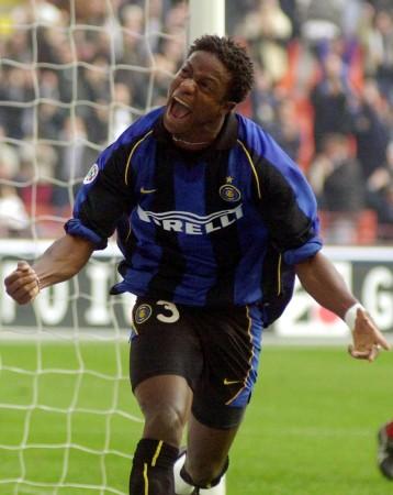 Mohamed Kallon ai tempi dell'Inter. fonte switsalone.com