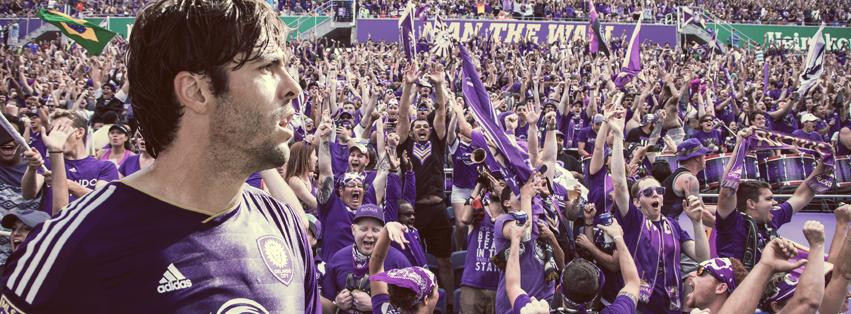 Kakà e i tifosi dell'Orlando City - FOTO: account Facebook ufficiale Ricardo Kakà