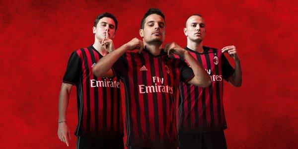 La nuova prima maglia del Milan - FOTO: account ufficiale Twitter A.C. Milan
