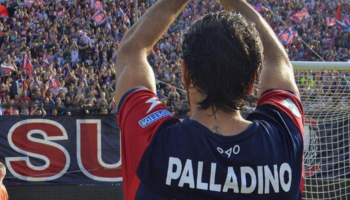 Niente partita, ma comprano i biglietti: il gesto dei tifosi del Crotone per le vittime del terremoto