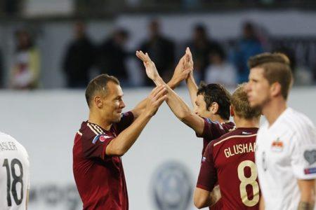 Ignashevich e Dzagoev, due dei giocatori simbolo della Russia di Slutski. Fonte - @TeamRussia