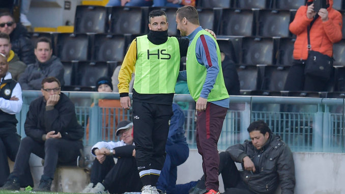 UDINE, ITALY - MARCH 13:  Francesco Totti of AS Roma and Antonio Di Natale of Udinese Calcio during a warming-up during the Serie A match between Udinese Calcio and AS Roma at Stadio Friuli on March 13, 2016 in Udine, Italy.  (Photo by Luciano Rossi/AS Roma via Getty Images)