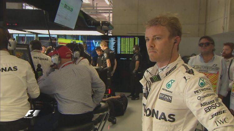 Nico Rosberg, scuro in volto dopo l'incidente - Fonte: Twitter @F1