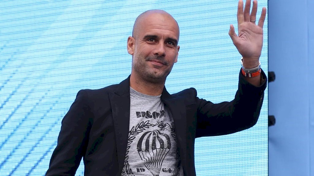 Guardiola terzini Manchester City