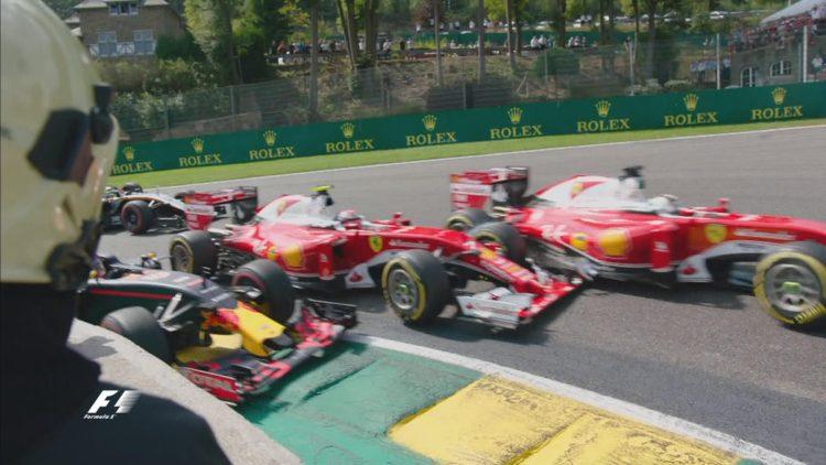 Il contatto al via del Gp del Belgio di Formula 1 - Fonte: Twitter @F1