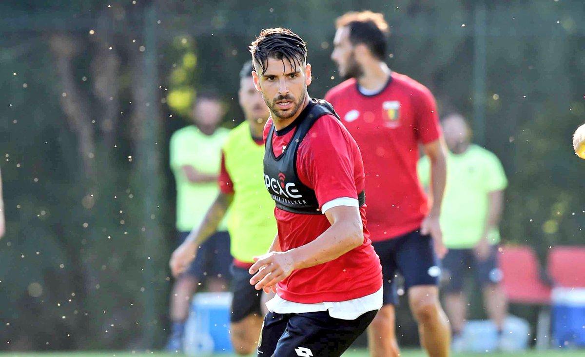 Pessime notizie in casa Genoa: le condizioni di Veloso e Gentiletti