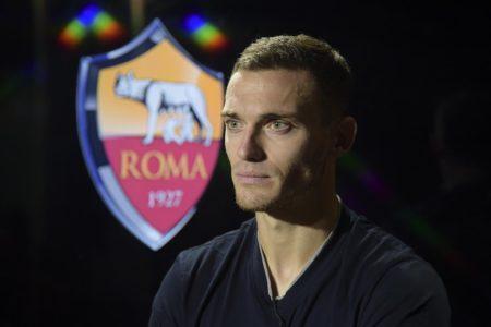 Thomas Vermaelen, nuovo acquisto della Roma. Fonte - Account Twitter @OfficialASRoma