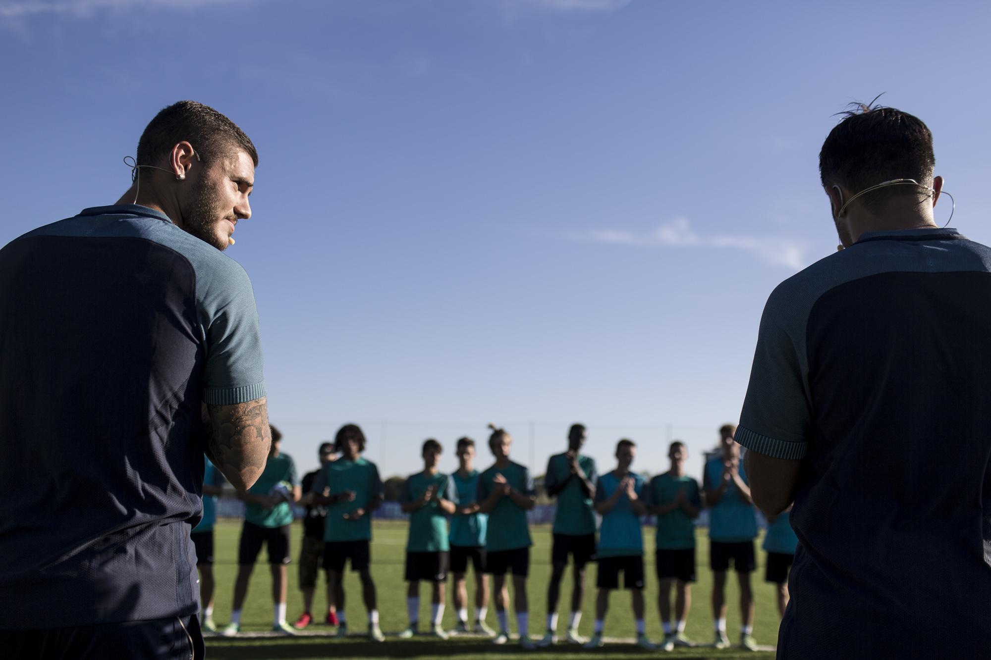 Eder e Mauro Icardi a colloquio con i ragazzi del Nike Football Training