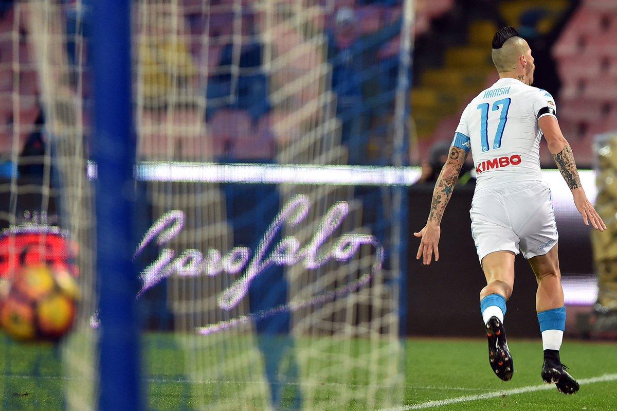 Marek Hamsik festeggia il goal del momentaneo 2-0 - Fonte: Twitter @sscnapoli