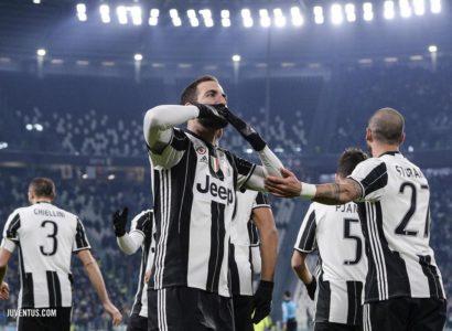 Higuain Juventus Bologna