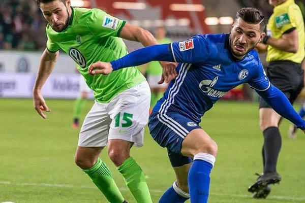 Sead Kolasinac, Schalke 04 vicino alla Juventus - Fonte: Kolasinc Twitter