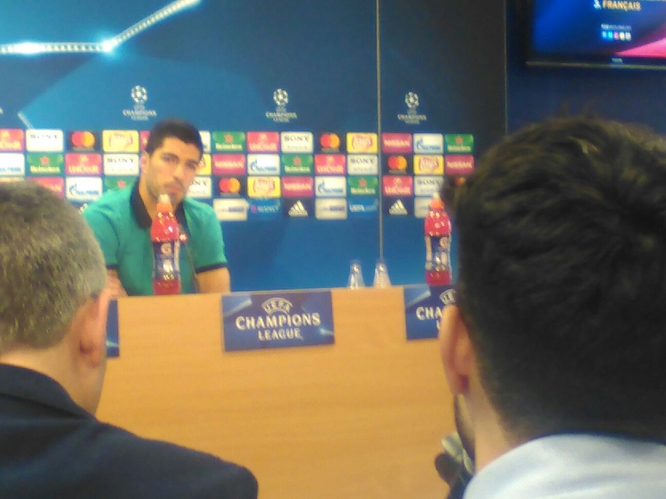 Suarez conferenza stampa barcelona psg