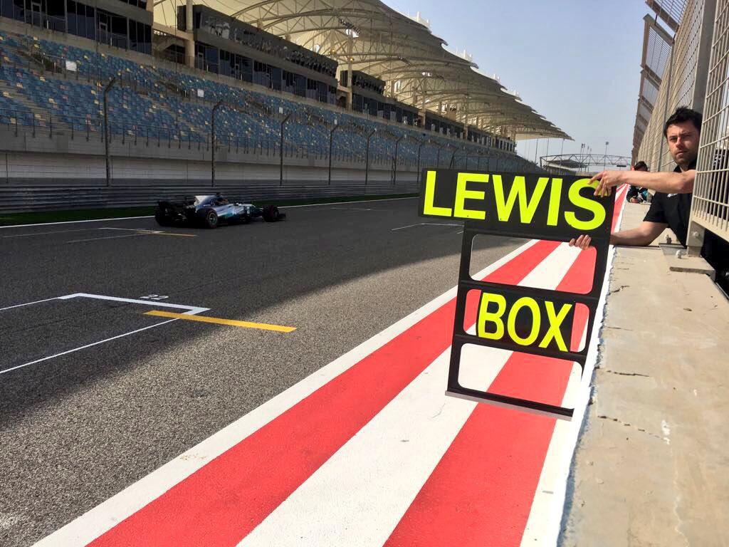 Hamilton test Bahrain 2017