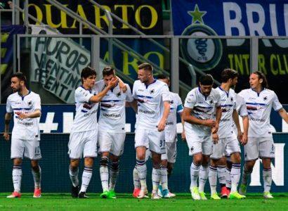 Sampdoria esulta dopo gol vittoria a San Siro