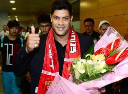L'arrivo di Hulk in Cina allo Shanghai SIPG - Fonte: Chinese Super League