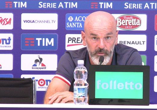 Nona sconfitta contro la Fiorentina (0-3), Benevento contestato dai tifosi